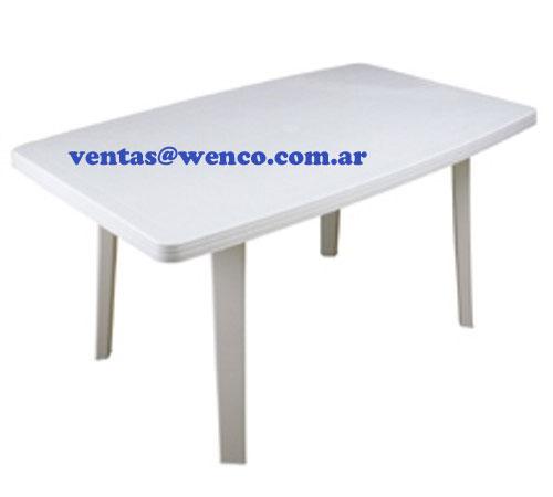 06-mesas-plasticas-jardin