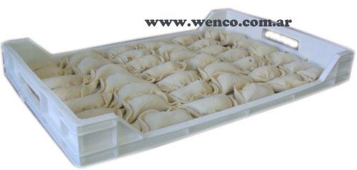 18-bandejas-plasticas-empanadas
