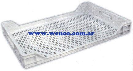 24-bandejas-plasticas-ventiladas